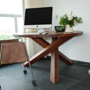 Ronde massief noten houten design eetkamer keuken tafel