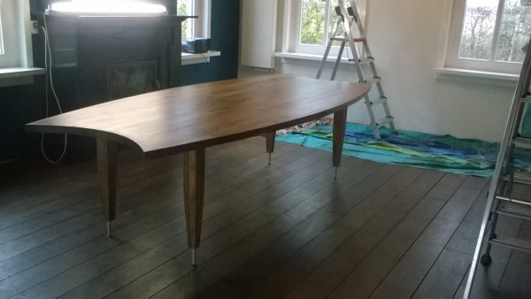 Massief eiken houten eikenhouten eetkamer keuken tafel ovaal design