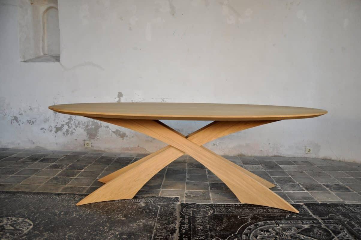 Onderhoud Notenhouten Tafel : Ovale tafel meubelfabriek westra