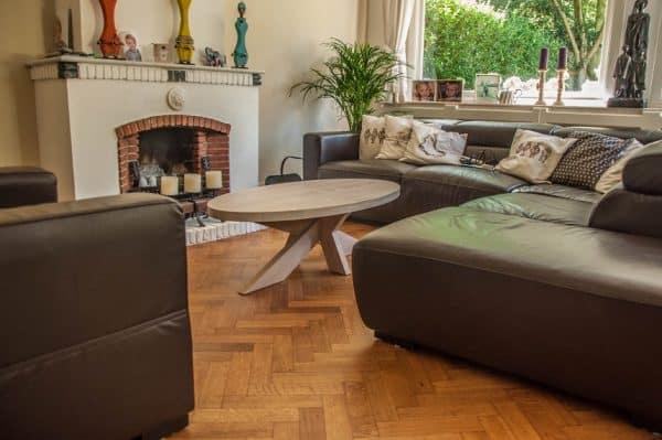 Massief eiken houten design tafel salon woonkamer kruispoot ovaal