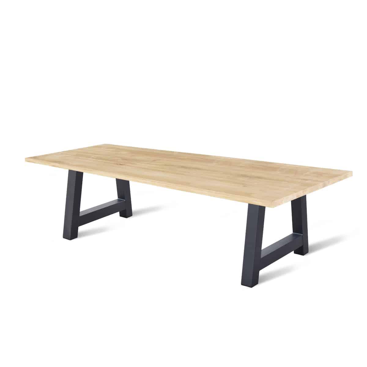 massief ovale eiken houten industriele tafel eetkamer keuken meubelmaker friesland