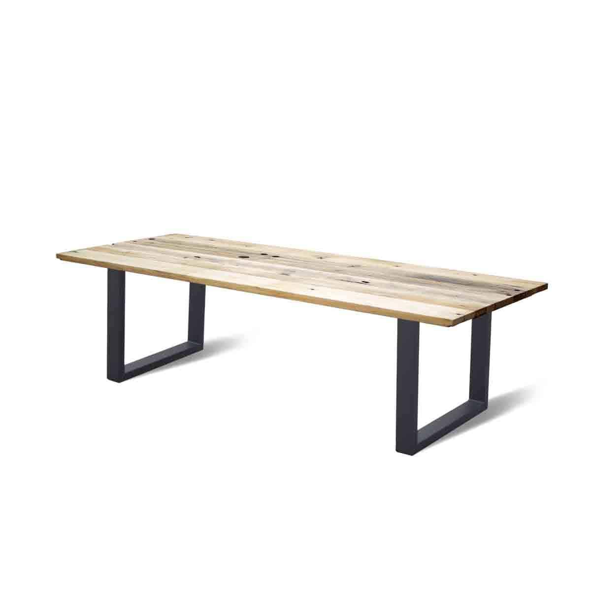 recht industriele eetkamer keuken tafel eiken wagonhout geleefd rustiek staal